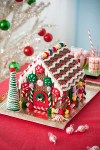 Retro_GingerbreadHouse.jpg