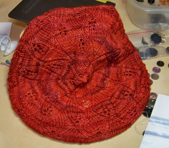 Just for grins, here's another photo of the hat so you can see the lacy leaves a little better.