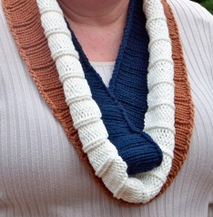 Ribby Striped Cowl 2