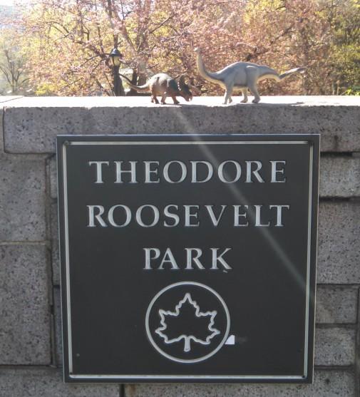 Dinos in TR Park (2)