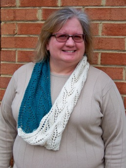 two-color-lace-cowl-7